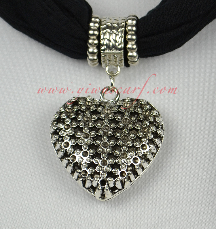 Love alloy jewelry scarf