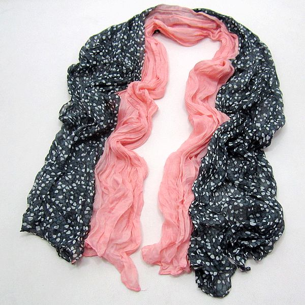 Netherlands selling scarves spell color shawl