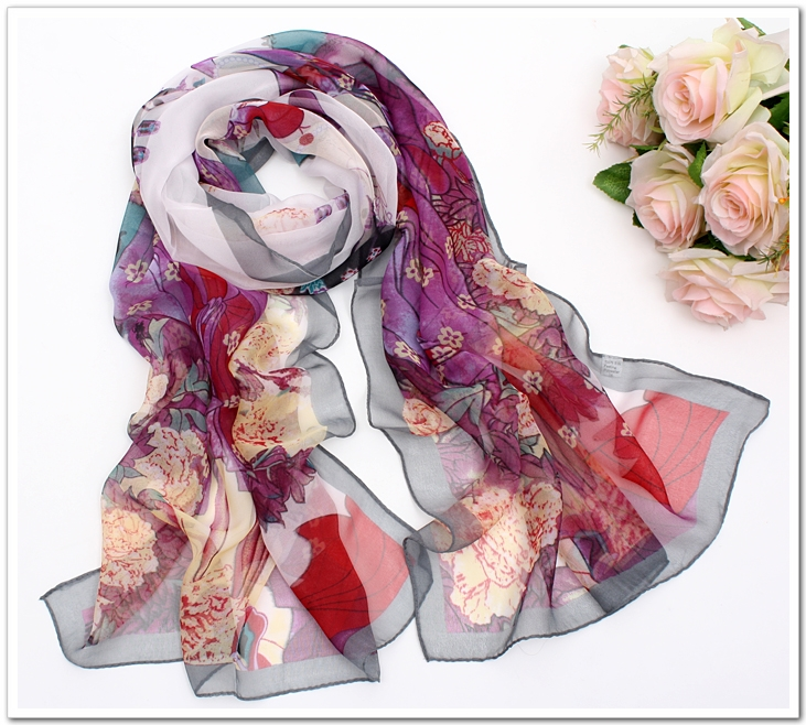 The classical beauty scarf