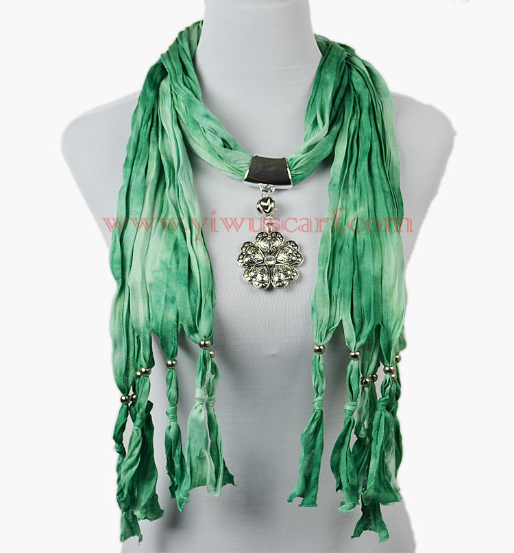 jewelry pendant heart scarf