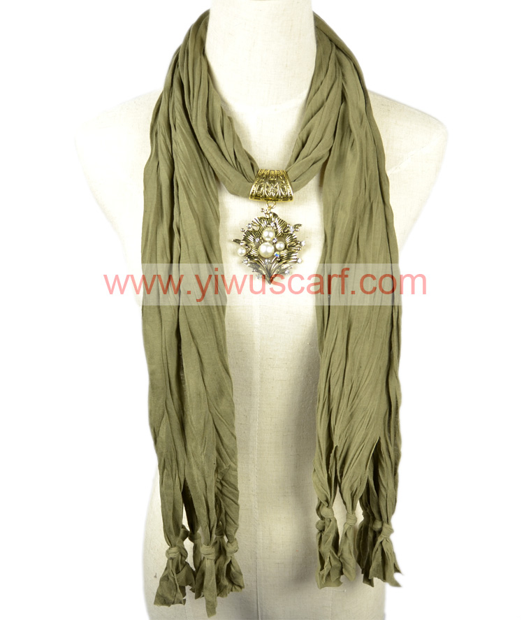 Leaves Pendant Fashion Scarf Army Green Color for Spring