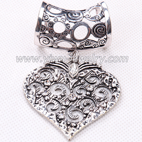 Heart shaped pattern fashion scarf buckle