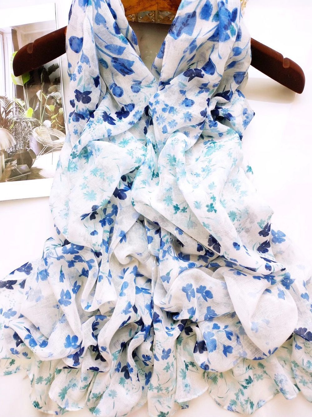 Zhejiang cotton printing scarf wholesale