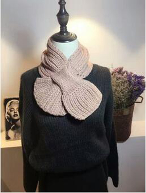 Small cross fish tail wool knitting scarf wholesale