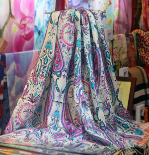 Female color printed wood scarf wholesale