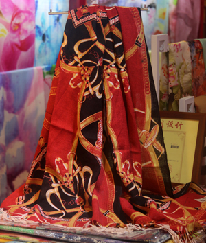Female Chinese style wood scarf wholesale