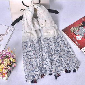 Female clover small broken flower tassel scarf wholesale
