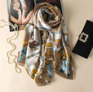 Female carriage chain emulation silk scarves wholesale
