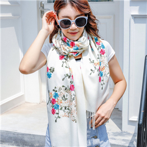 Embroidered tassel cashmere scarf cheap from China