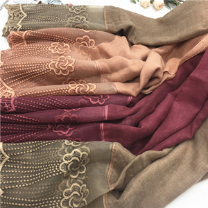 Wholesale pure color two-head lace muslim scarf