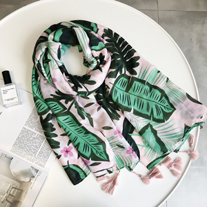Chinese wholesale cotton parrot print fringe scarf