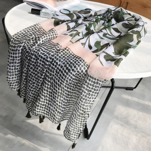 Leaf wave printing fringed sunscreen wholesale scarf