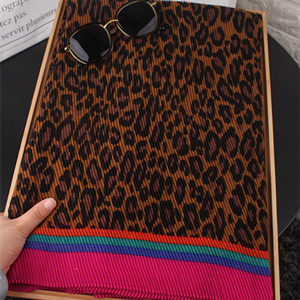 Pleated leopard stretch sunscreen cotton scarf