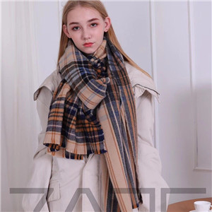 Wool plaid scarf cheap from China