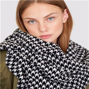 Wholesale black and white houndstooth cashmere scarf