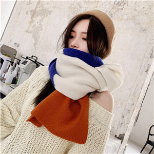 Wholesale diamond color matching knitted scarf
