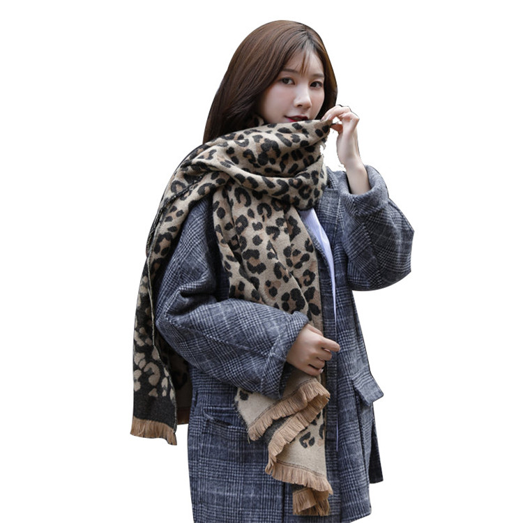Wholesale leopard print tassel cotton scarf