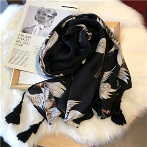 Wholesale crane printing warm cotton scarf