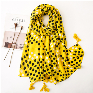 Wholesale yellow bee nest pattern tassel cotton scarf