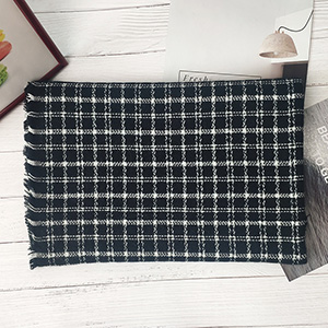 Thick knitted plaid scarf