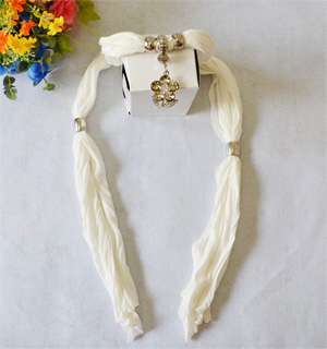 Finland Pendants Fashion Scarves