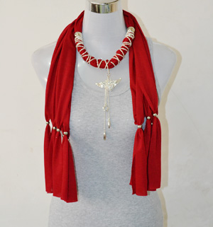 wholesale scarves with pendant