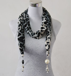 scarves with necklaces