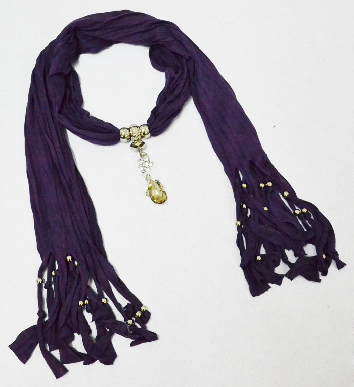Usa Pendant scarves