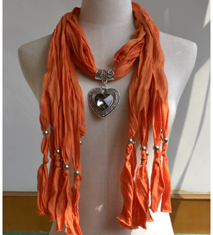 Wholesale pendant scarf with jewellery charm