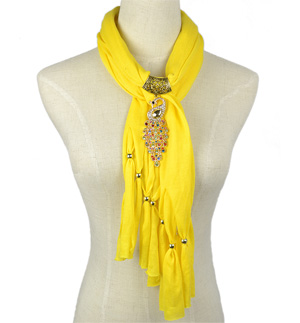 scarfs with jewelry pendants