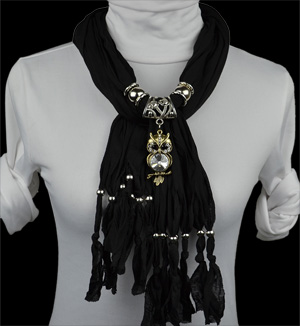wholesale fashion alloy animal pendant scarf