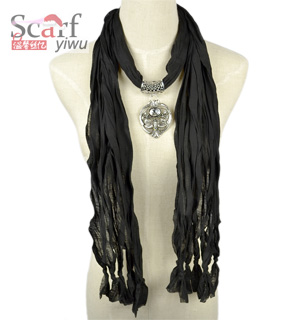 Black Pendant Jewelry Scarf