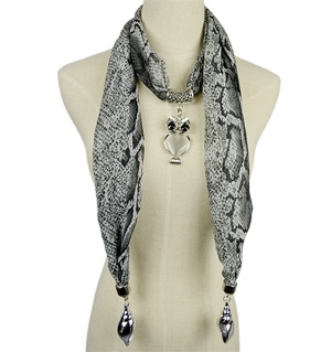 Serpentine pendant jewelry scarf wholesale