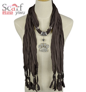Palm pendant scarf wholesale