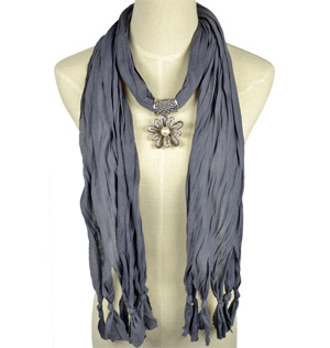 Wholesale Heart Pendant Scarf Necklace