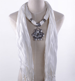 Flowers pendant jewelry scarf wholesale