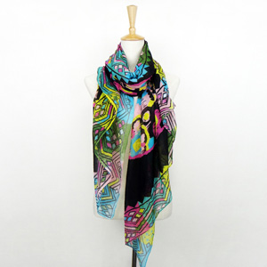 Graffiti geometry Paris yarn Scarf