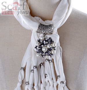 fashion beads pendant scarf for women