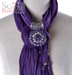 ladies pendant jewelry scarf