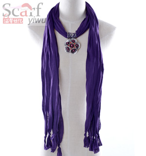 fashion pendant scarf with jewelery