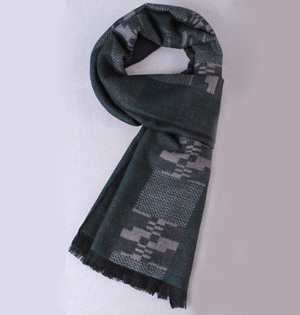 Wool knitted circle scarf wholesale