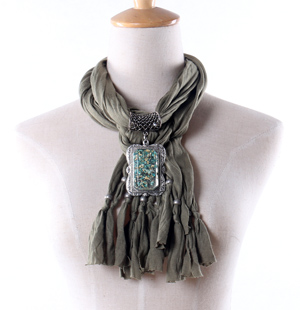 Wholesale Amber women pendant scarf