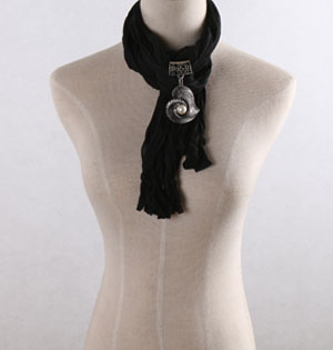 Heart pendant black scarves wholesale