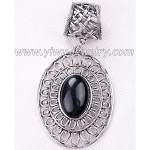 Black pearl oval pendant jewelry accessory