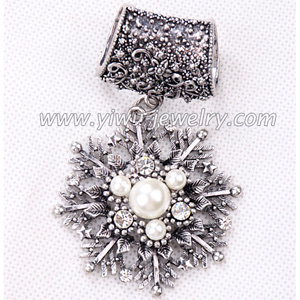 Snowflake model scarf pendant accessories