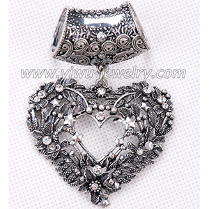 Heart shaped hollow fashion scarves accessories