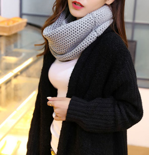 Wholesale woolen scarves